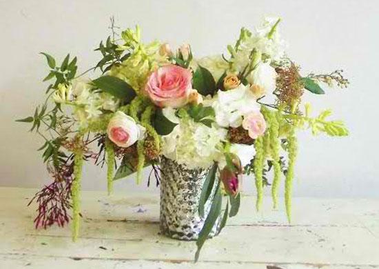 garden-florals-in-vase