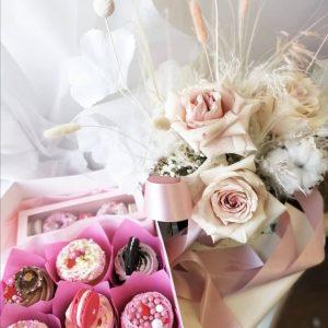 Everlasting Arrangement & Sweets